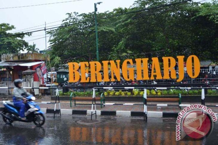 Pengunjung Pasar Beringharjo Diperkirakan Naik 30 Persen Antara Bringharjo Kota