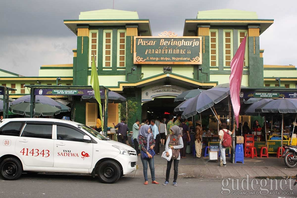 Sri Sultan Hb Hadiri Kenduri Rakyat Pasar Beringharjo Ilustrasi Doc