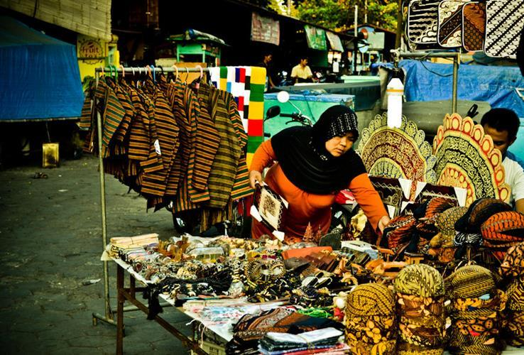 Tripjogja Wisata Jogja Pasar Beringharjo Yogyakarta Adu Kemampuan Menawarmu Pusat