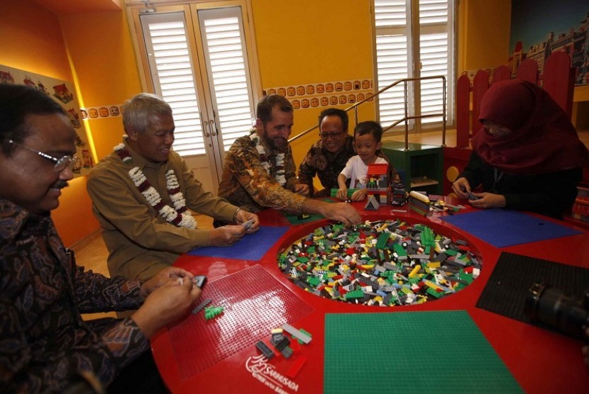 4 Wahana Lengkapi Taman Pintar Yogyakarta Republika Online Salah Satu