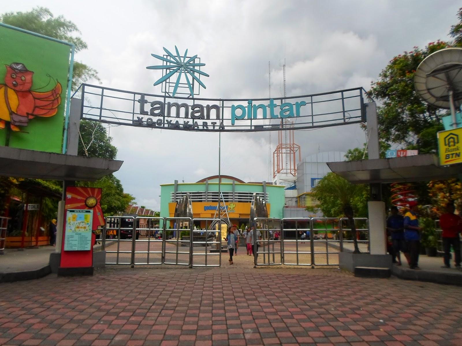 Belajar Taman Pintar Yogyakarta Iyoth World Kota