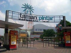 Taman Pintar Yogyakarta Educational Fun Garuda Magazine Kota