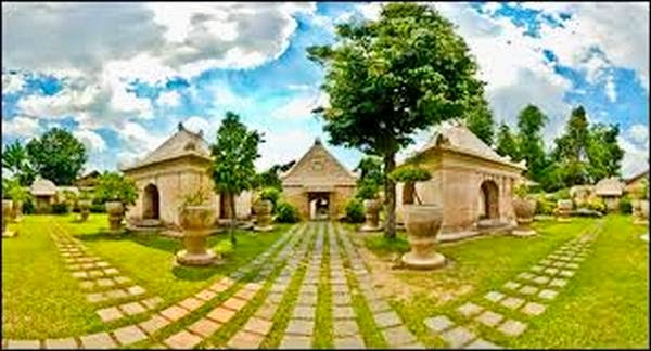 Bali Indonesia Holiday Travels Taman Sari Water Castle Yogyakarta Palace