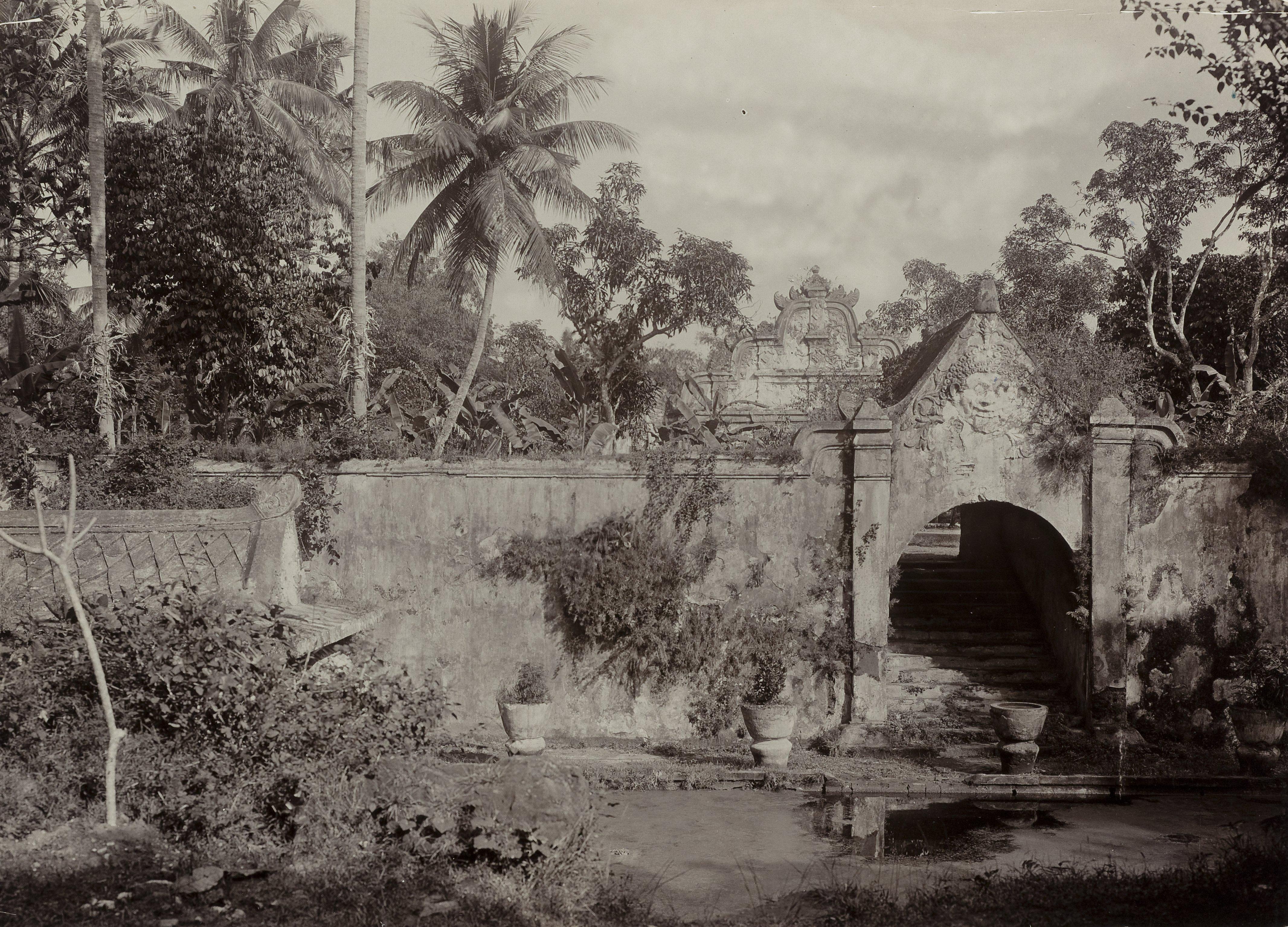 File Kitlv 40545 Kassian Cephas Taman Sari Water Castle Yogyakarta