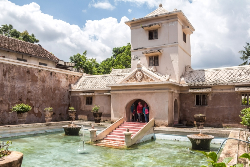 Menjelajahi Indahnya Istana Air Taman Sari Yogyakarta Berkunjung Tempat Kamu