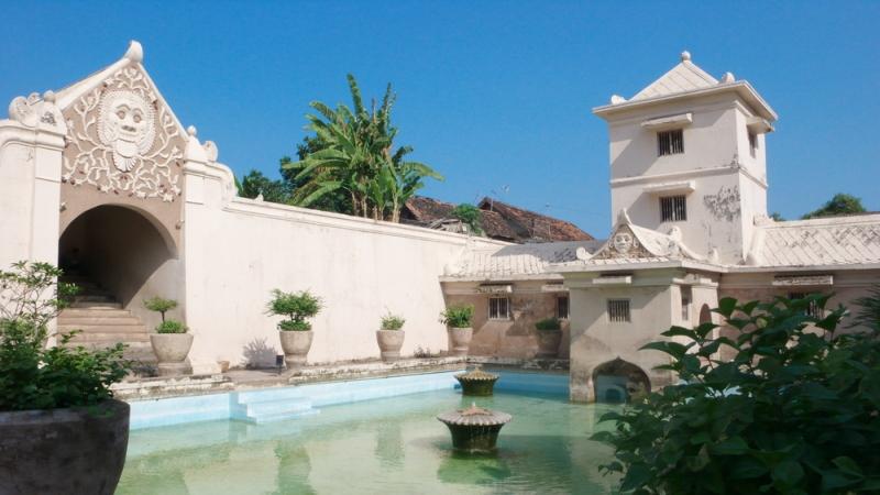 Menjelajahi Indahnya Istana Air Taman Sari Yogyakarta Kolam Besar Ternyata