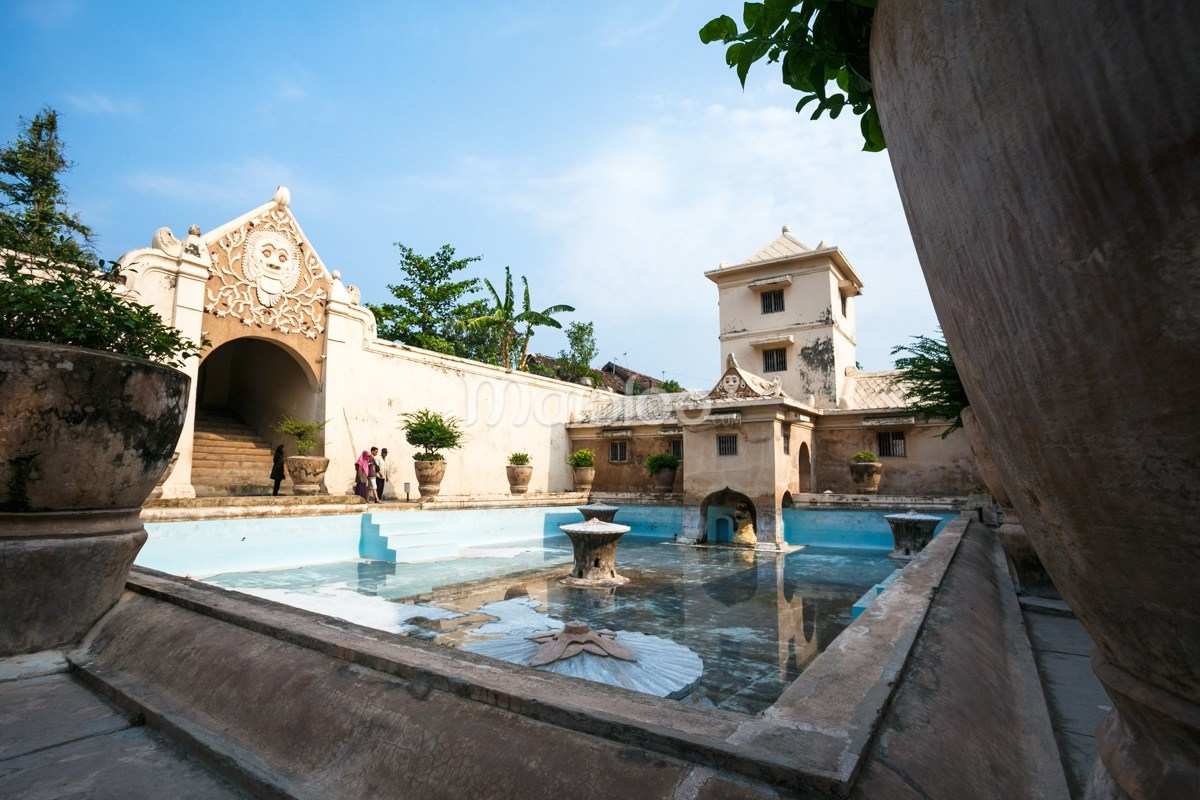 Taman Sari Kastil Indah Tempat Tetirah Raja Permaisuri Blumbang Kuras