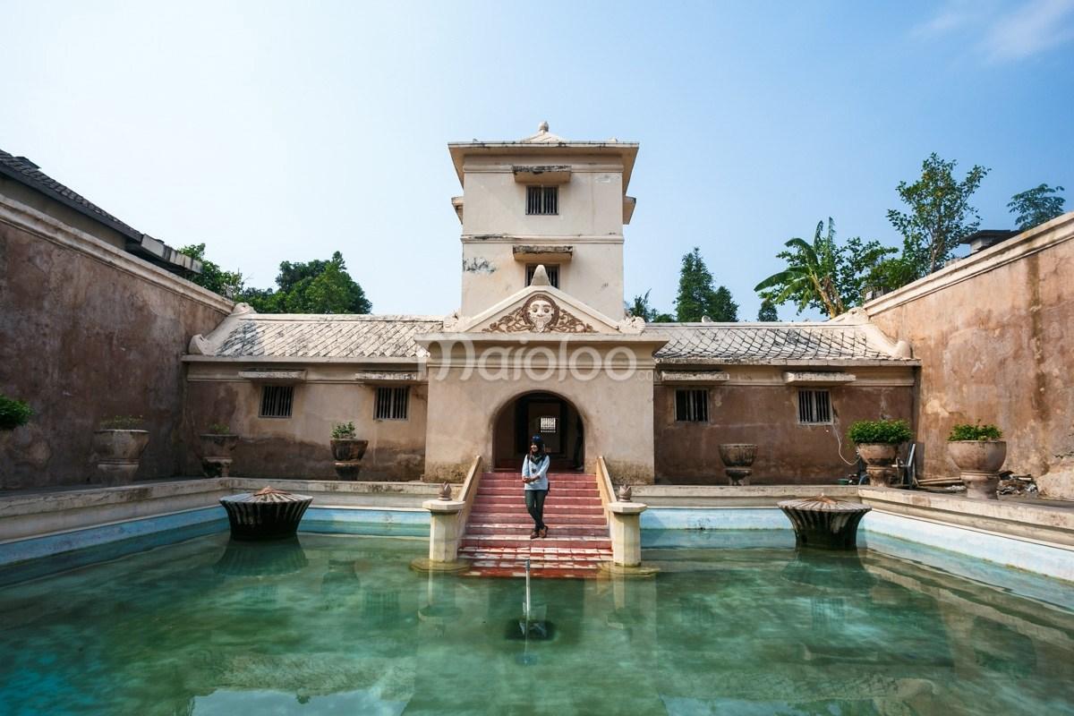 Taman Sari Kastil Indah Tempat Tetirah Raja Permaisuri Pemandian Umbul