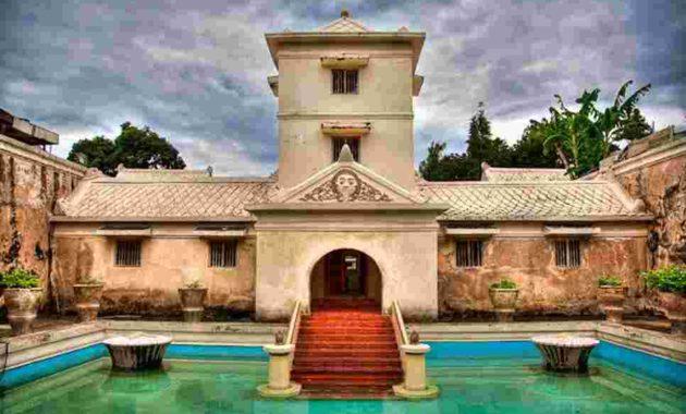 Taman Sari Water Castle Yogyakarta Build Fantasy Kota