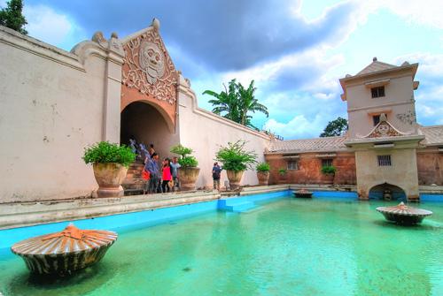 Taman Sari Water Castle Yogyakarta Indonesia Sa Flickr Ad Apex