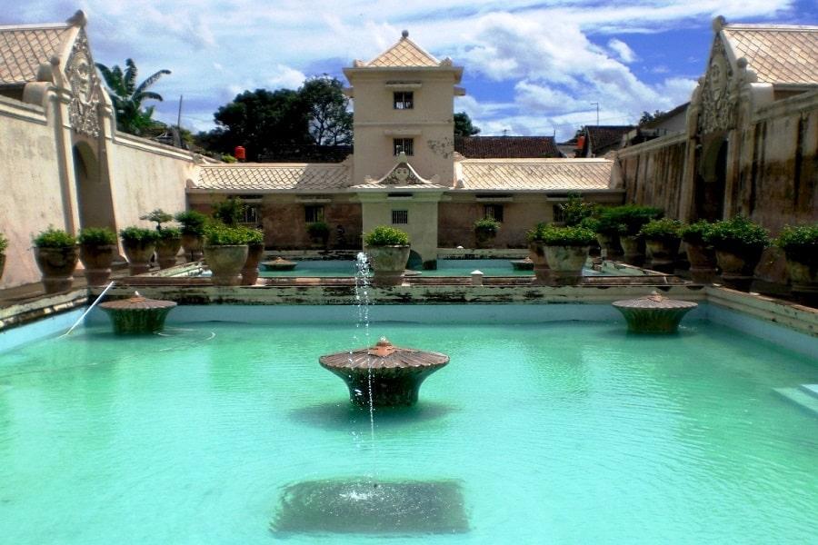 Tamansari Destinasi Wisata Favorit Yogyakarta Cocok Untukmu Taman Sari Kota