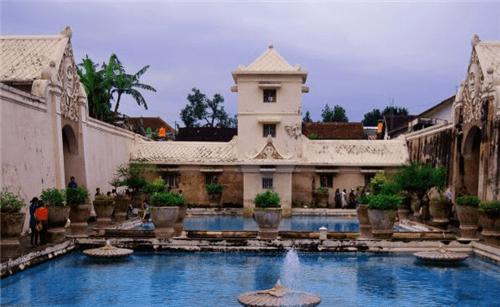Tamansari Water Castle Jogja Tour Driver Yogyakarta Tours Taman Sari