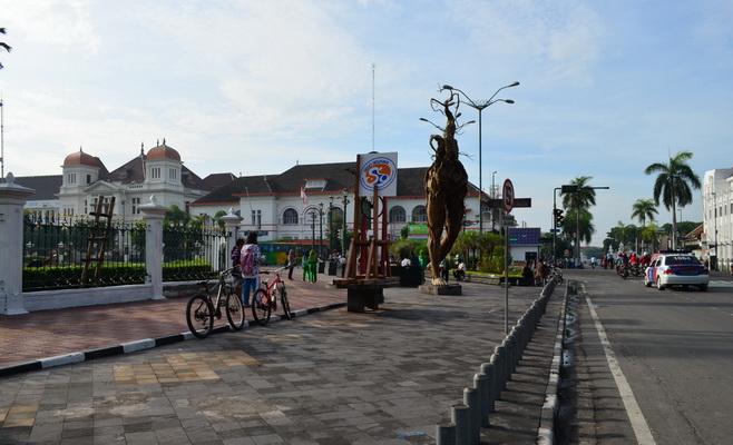 Cari Toko Kawasan Nol Kilometer Yogyakarta Titik Km Jogja Kota