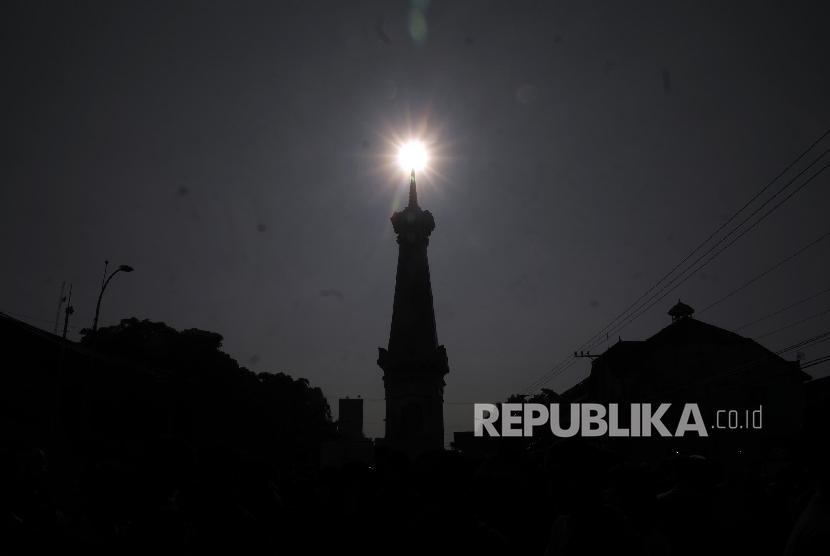 Hut 261 Sultan Ingatkan Yogyakarta Nyaman Republika Online Tugu Kota
