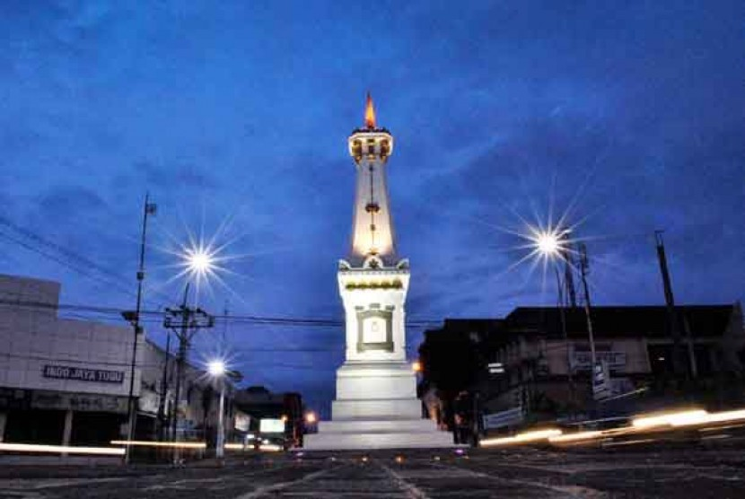 Titik Sulastri Sekda Perempuan Pertama Yogyakarta Republika Tugu Kota