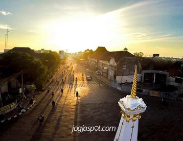 Tugu Jogja Landmark Spot Terbaik Kota Yogyakarta Jogjaspot Sunrise Tak