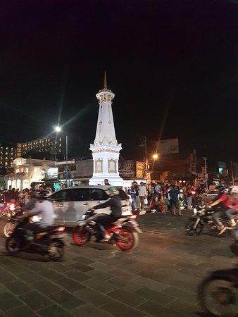 Tugu Monument Yogyakarta Picture Kota