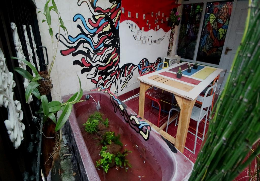 De Oplet Homestay Gallery Yogyakarta Updated 2018 Prices Image Property
