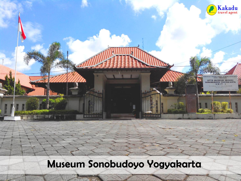 Kakadu Java Tour Museum Sonobudoyo Jpg Unit Galeri Kota Yogyakarta