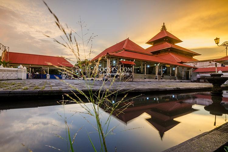 Kampung Kauman Pesona Perjuangan Islam Wisata Yogyakarta Kota