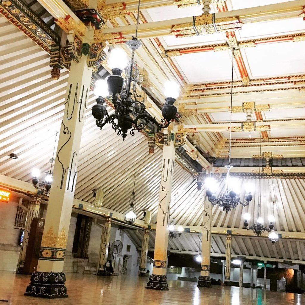Masjid Gedhe Kauman Yogyakarta Jangan Lewakan Ketika Tugu Wisata Kampung