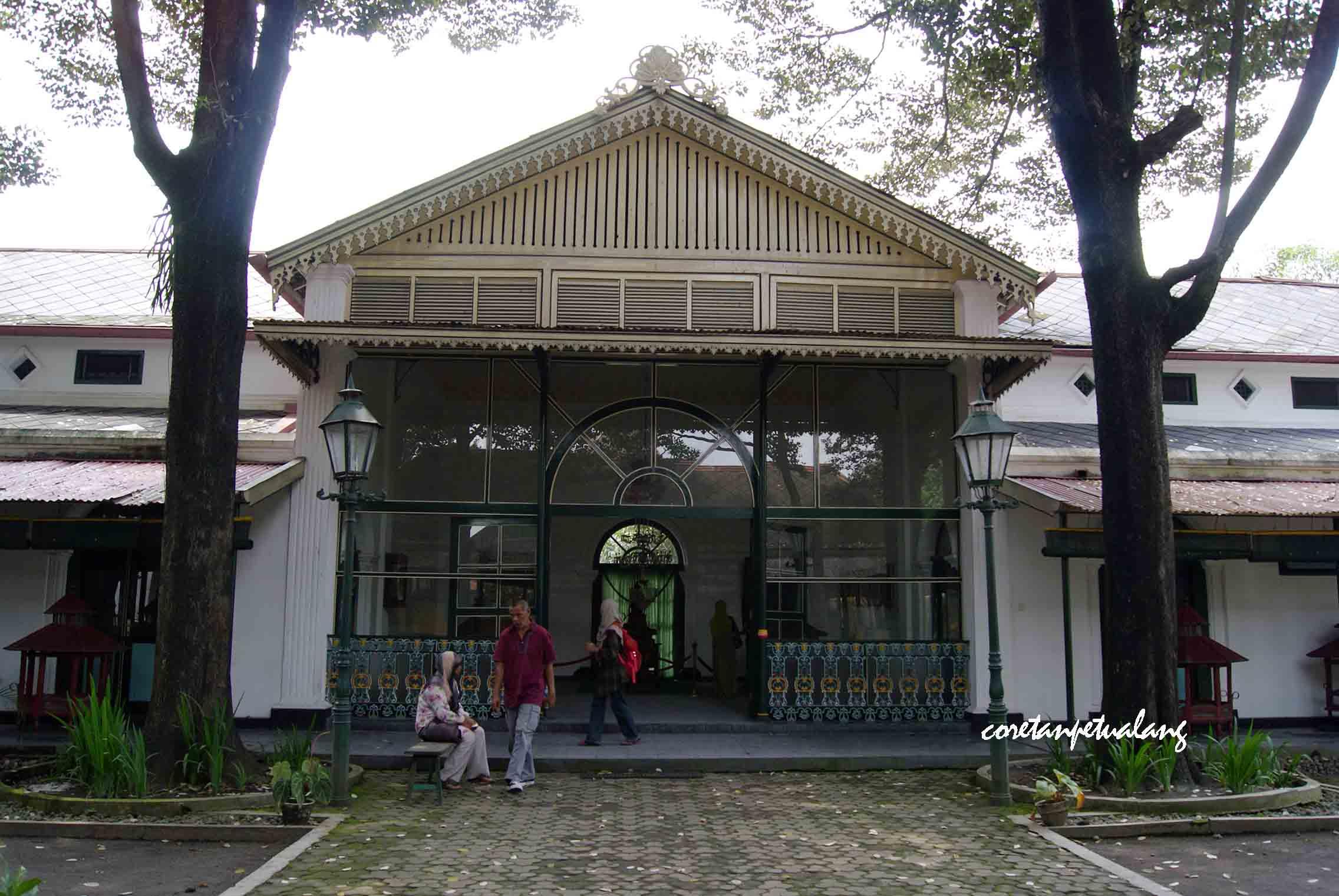 Keraton Yogyakarta Istana Budaya Keindahan Jawa Museum Jogja Wisata Kota