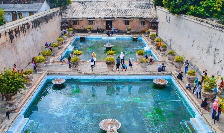 Objek Wisata Taman Sari Keraton Yogyakarta Kota